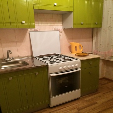 Сдаю 2 комнатную квартиру ул.Революционный проспект