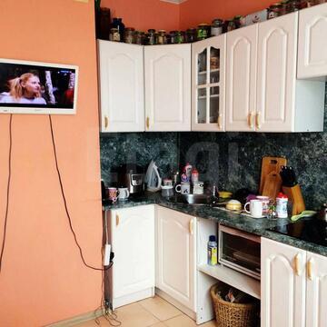 Продам 2-комн. кв. 54 кв.м. Москва, Адмирала Лазарева