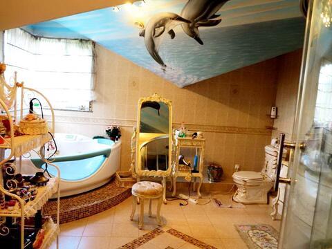 Красивый дом 300 кв.м. на участке 12 соток. Заезжай и живи.