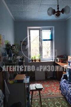 Продается комната в 2-комнатной коммунальной квартире, расположенной н