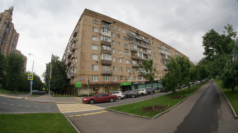 Продам 2х ккв на Ленинском проспекте 36