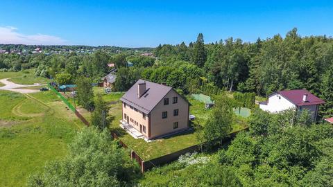 2-х этажный (3-х уровневый) дом 420 м2 на 13 сот ИЖС в г. Апрелевка