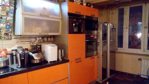 Продаю большую трехкомнатную квартиру, метро Жулебино