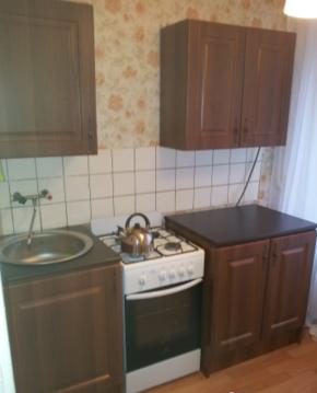 Продается 1-но комнатная квартира 10 минут пешком до метро Славянский .