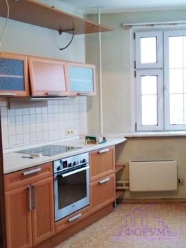2 к.квартира Королев, пр-т Космонавтов 27 а. Мебель на кухне. Техника.