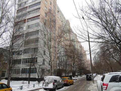 Продается однокомнатная квартира, ул. Абрамцевская, д.3