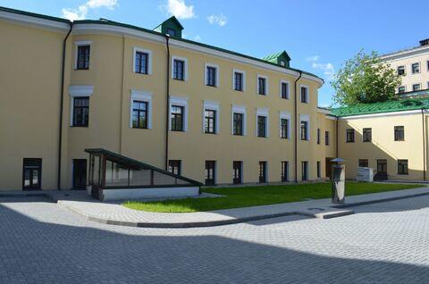 Вашему вниманию предлагаю особняк в аренду площадью 1800 кв. м.