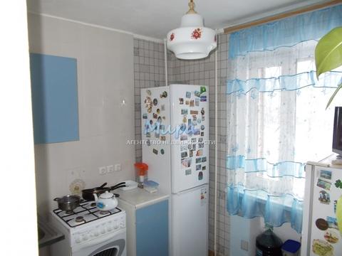 Продается однокомнатная квартира в кирпичном доме, в 12 км от МКАД, в