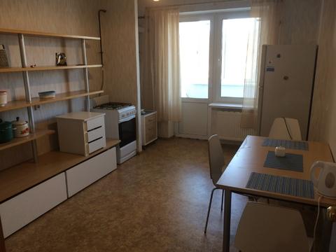Сдается 1 комнатная квартира пл. 44 кв. м, уг.Голованова 16 г.Истра