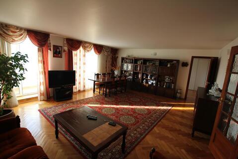 Трехкомнатная квартира рядом с Преображенской площадью