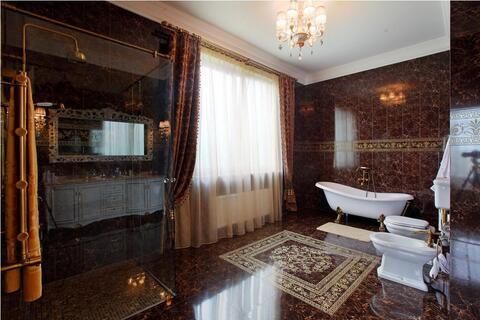 Продажа современого дома с панорамным остеклением с бассейоном на Риге