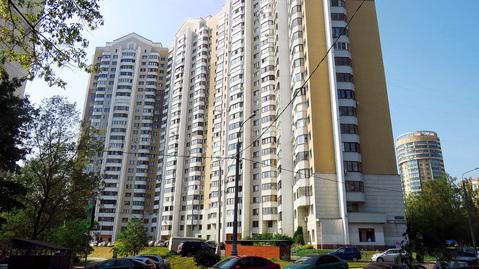 Трехкомнатная квартира на Беломорской