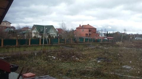 Участок 5 соток, Москва, 12 км от МКАД, свет, ИЖС