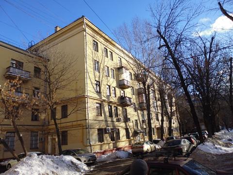 Продается комната в коммунальной квартире рядом с метро Кожуховская