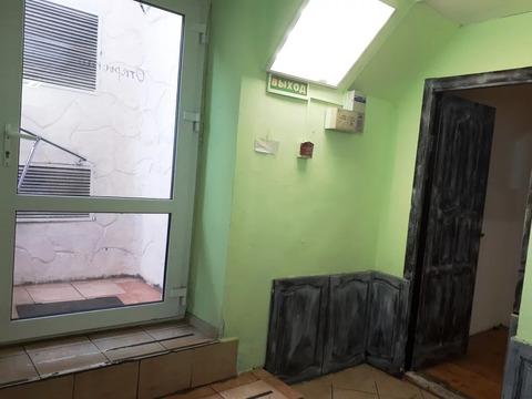 17 кв.м. под офис, маникюр, татуаж, ремонт техники и др.