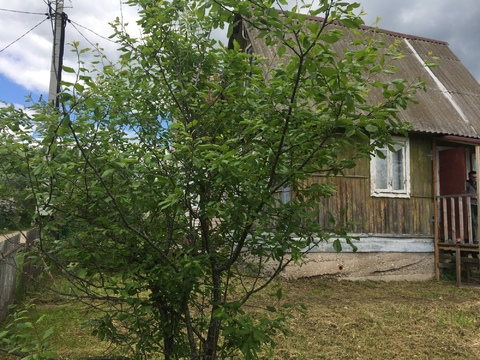 Продаётся участок 4 сотки и небольшой домик в СНТ Нива Серпуховской р.
