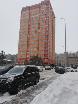 Продается двухуровневая трехкомнатная квартира