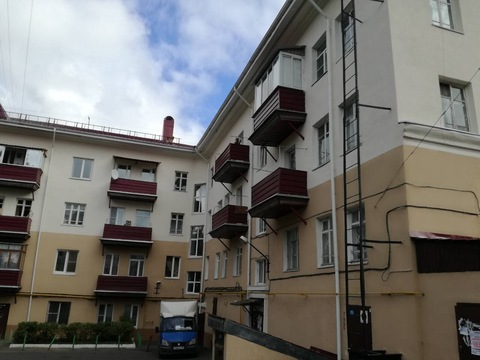 Комната с балконом в центре города