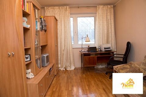 Продается 3 комн. квартира г.Москва, Новоясеневский пр-т, д. 32, корп