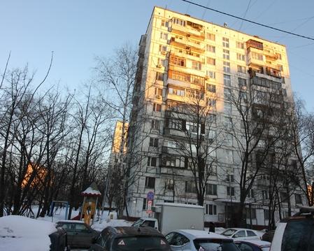 Просторная двушка на Алтайской улице