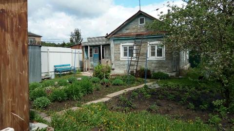 Земельный участок под ИЖС 899 кв.м. с частью жилого дома