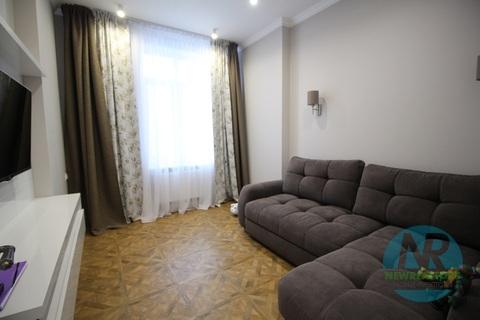 Продается 2 комнатная квартира на Маршала Захарова