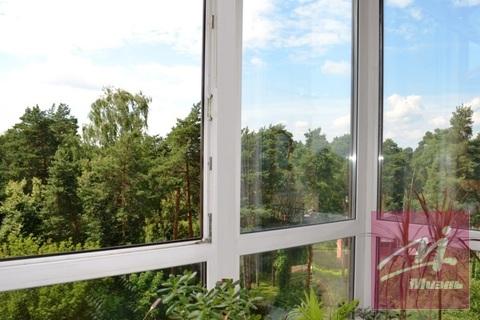 Продаю 2-к квартиру с панорамным остеклением, Жуковский,