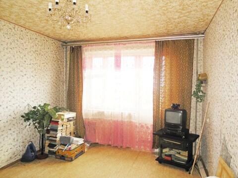 2-х комнатная квартира 52 м2 (линейка). Этаж: 8/10 панельного дома.