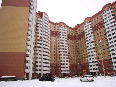 """2-комнатная квартира, 74 кв.м., в ЖК """"Сосновый бор"""" ул. Заречная 2-я"""