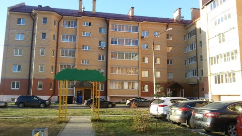 2 кв. п.Белоозерский ул.Юбилейная,13- 85метров с Детской