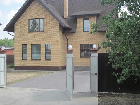 Современный кирпичный дом, центр. коммуникации, Киевское ш, Апрелевка, 15700000 руб.
