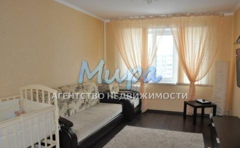 Срочно продается квартира 8 минут пешком от м.Ясенево, окна во двор,