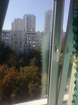 Продается трехкомнатная квартира , метро Печатники