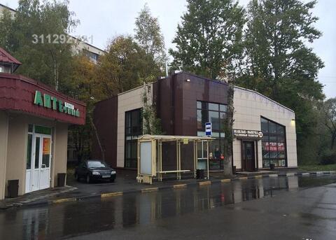 Отдельно стоящее здание на 1 линии у автобусной остановки (200 метров