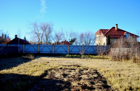 Продам участок 7.7 соток в деревне Желябино в 16 км от МКАД