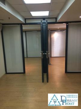 Офис 107 кв.м. с отличным ремонтом, 2 мин. пешком от метро Боровицкая