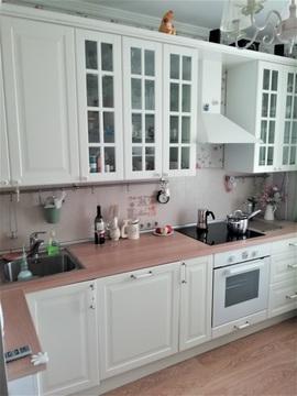 Продается уютная 1-комнатная квартирачехов, ул. Земская, д. 13.
