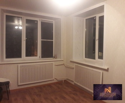 Продам комнату в 4-к квартире, Серпухов, Энгельса 18/1, 700тыс.