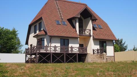 Дом 335 кв.м. на участке 15 сот. 2-я линия от озера Круглое (д.Рыбаки)