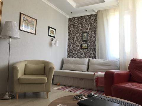 Двухкомнатная квартира на ул. Архитектора Власова, д. 10