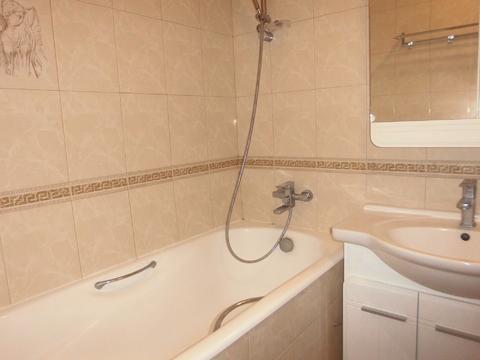 Продается 3-х комнатная квартира64кв м. ул.Корнеева 40