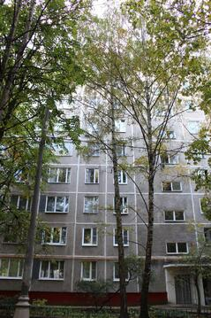 3-ка в 7 минутах от Юго-западной во дворах Ленинского