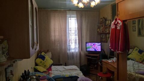Продается комната в трехкомнатной квартире