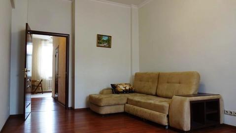 Срочно продаю 4 ком. квартиру в Академическом районе с евроремонтом