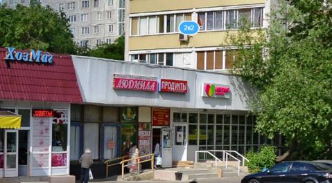 Продовольственный магазин 230 м2 на первой линии проспекта Дежнева