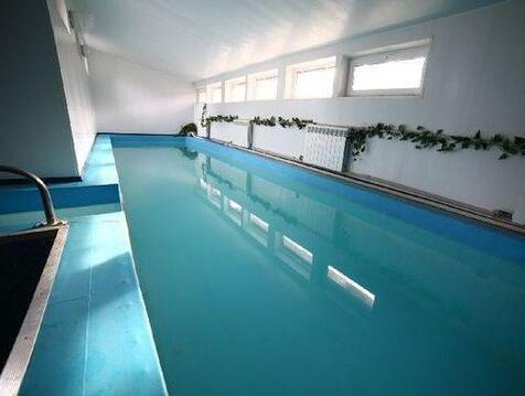 Коттедж с бассейном в Видном на 15 человек