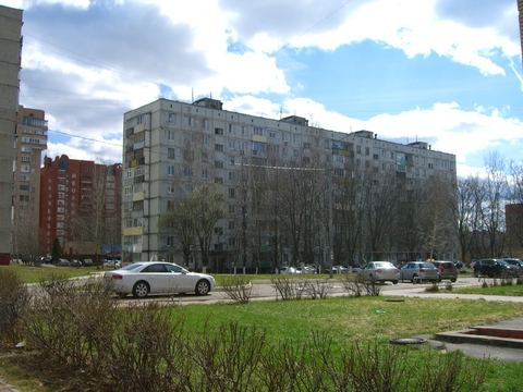 2-ка в Ступино, Горького, 22.