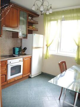 Продам двухкомнатную (2-комн.) квартиру, Таллинская ул, 11к1, Москва г