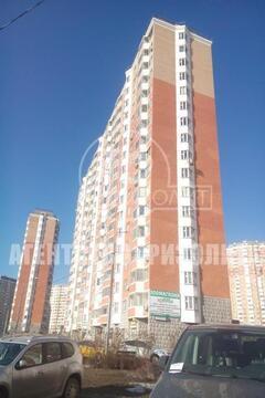 Продается 3-х комнатная квартира в Московском в 17-ти этажном панельно