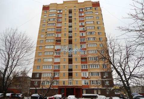 Продается двухкомнатная квартира в Малаховке, монолитно-кирпичный дом